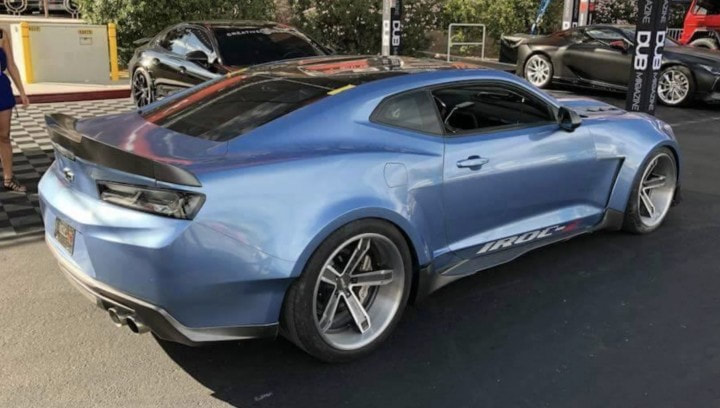 2019 IROC-Z Camaro Car Showroom Gallery